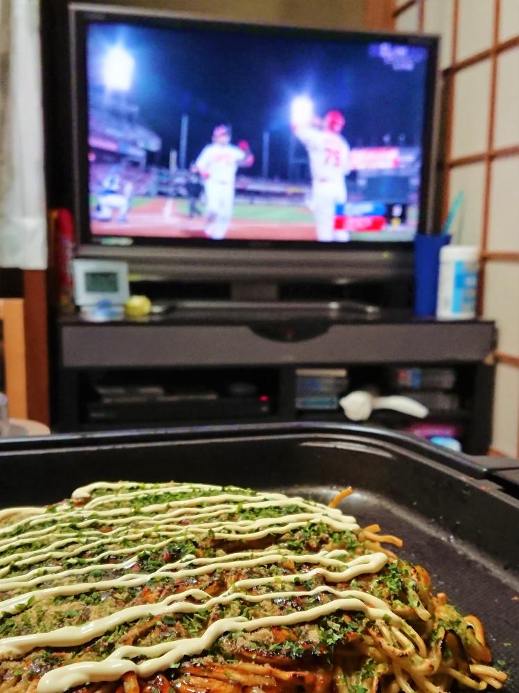 カープ開幕日in広島、お茶の間風景